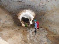 Investigazione in Grotta