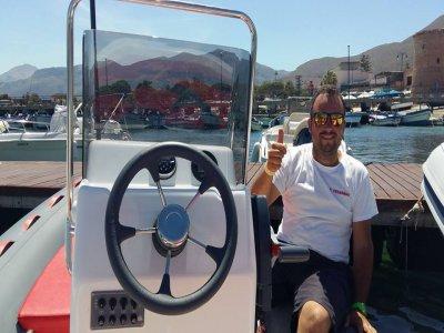 Boat Service Mondello Escursione in Barca
