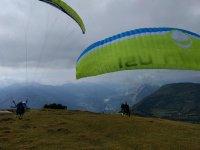 il parapendio è uno sport influenzato dal vento
