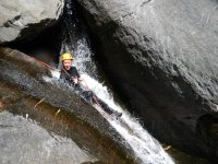 Canyoning addio al celibato in Valle D'Aosta (4h)