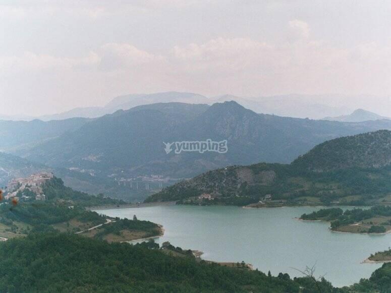 Il lago di Castel San Vincenzo