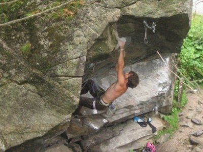 Macaco Climbing School