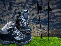 Non dimenticare le pratiche scarpe da trekking!