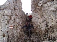 Arrampicare su pareti rocciose