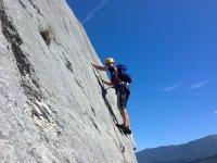 Sulla parete rocciosa
