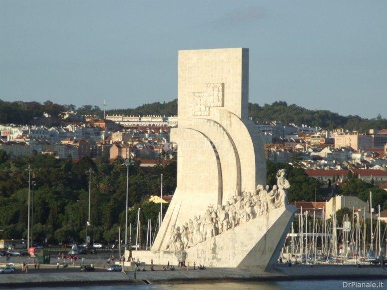 LisbonaBelemMarina1.jpg