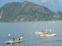 Tutti in canoa