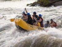 vemite a divertirvi nel fiume