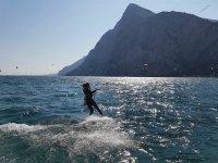 Scivolando veloci sull'acqua