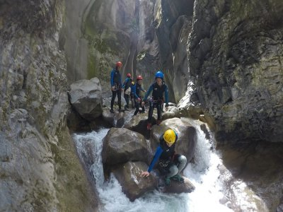 Global Mountain Canyoning