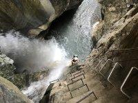 cascata e scalinata