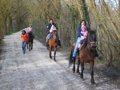Offerta: Safari a Cavallo nel Parco zoo D'Abruzzo