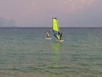 I windsurf nel lago