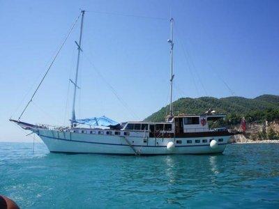 Caicco Freedom Escursione in Barca