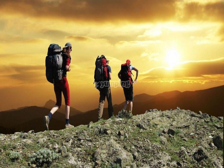 trekking al gtramonto