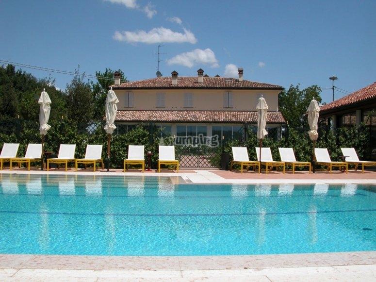 La piscina del Relais
