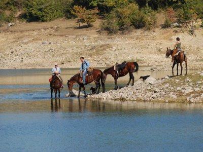 Bachelor party on horseback Parco Naz Abruzzo