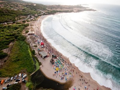 Neos Surf School Vela