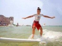 Surf Wild Zone