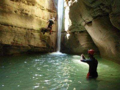 ASD Grotte Forre e Natura d'Abruzzo Canyoning