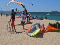 Il materiale per il kitesurf