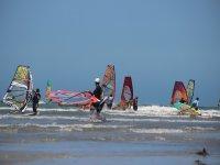 Tutti in mare with il windsurfing