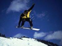 Slitta Con Lo Snowboard