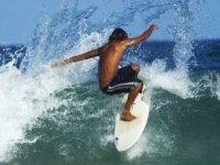 Sulle Onde Con Il Surf