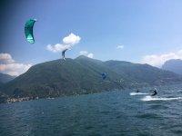 I kite sul lago