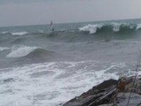 Windsurf in condizioni proibitive
