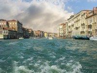 viaggiare in barca nei nostri canali