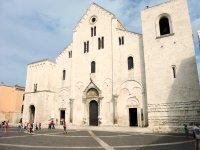 La Cattedrale di San Nicola.