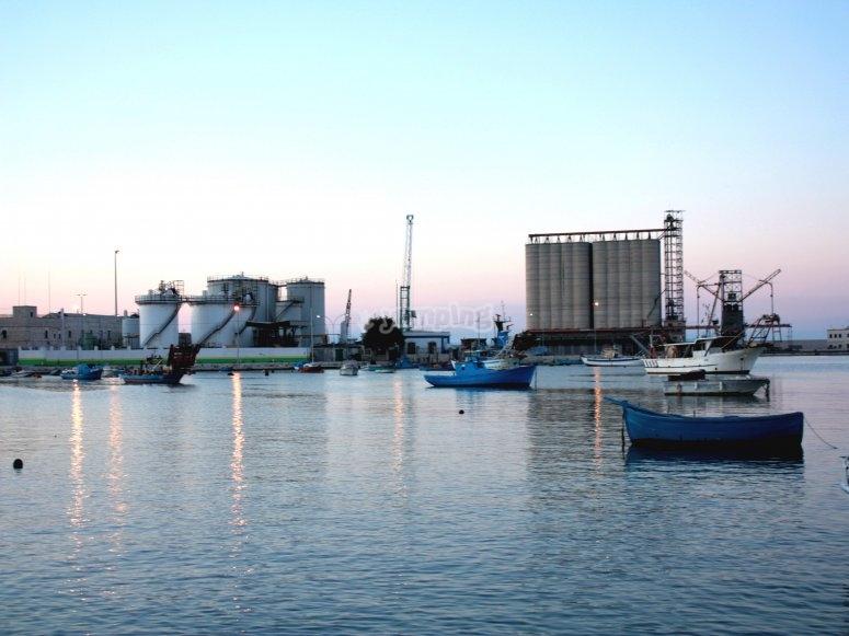 Il porto di Barletta