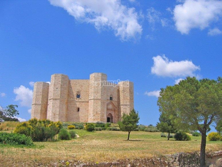 Il castello in una splendida giornata