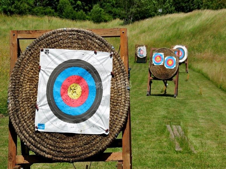 Vieni a provare il tiro con arco