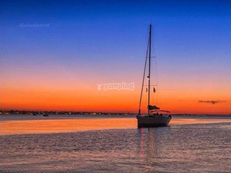 Tramonto in vela