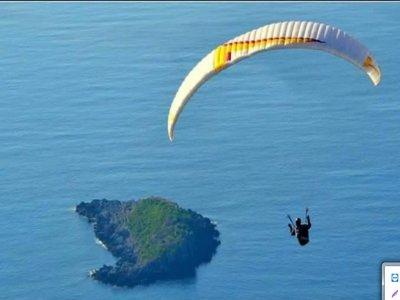 Volo in parapendio + foto e video a Maratea