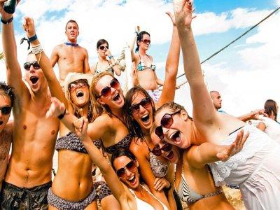 Party boat sulla Riviera Adriatica 3 ore