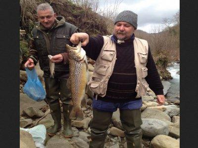 Agriturismo La Valle dei Castagni Pesca