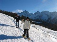 Ciaspolata lungo le alpi