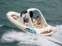 In mare con le nostre barche a noleggio