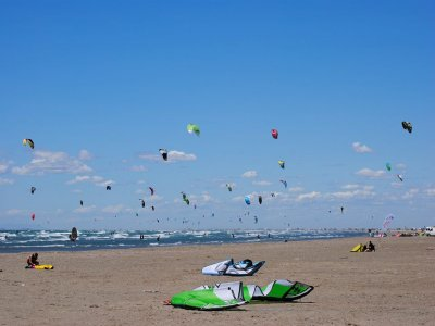 Kite surf test lesson in Cogoleto 1 hour