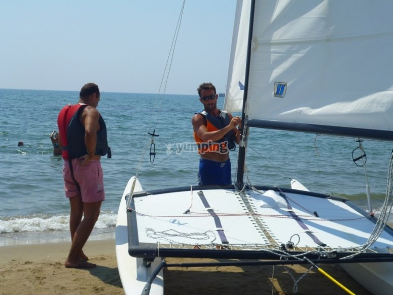 adult sailing course