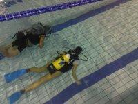 Allenamento nuoto subacqueo