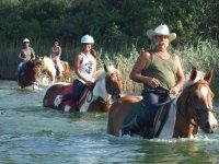 A cavallo tra le acque
