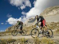 In mountain bike sulle Dolomiti
