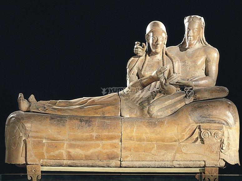 Sarcofago origine Etrusca