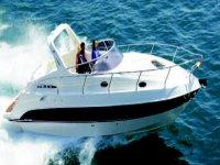 Boat rental service