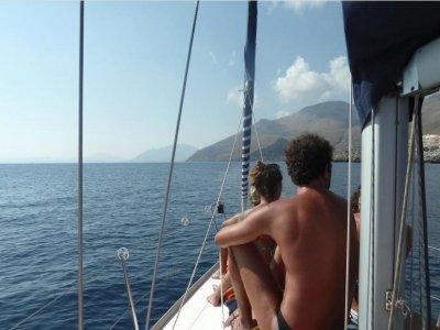 Occhio al Boma Escursione in Barca