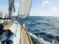 sailing in mare aperto